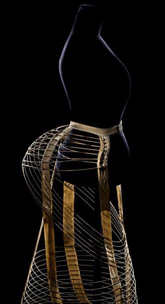 Tournure cage, modèle « papillon », vers 1872 Paris, collection Falbalas © Patricia Canino