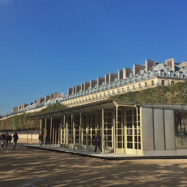 Jean Prouvé against the Haussmannian buildings of rue de Rivoli