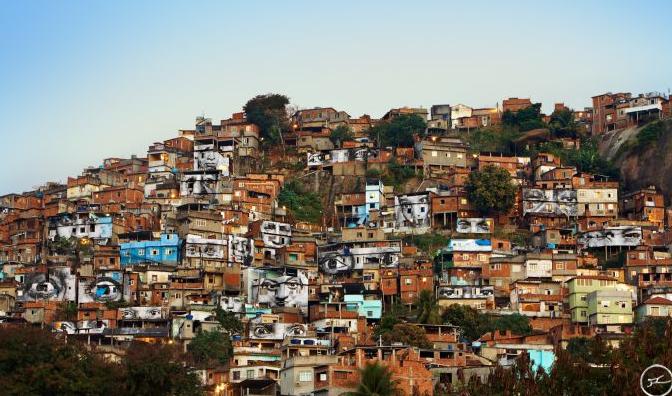 ©JR In the Favela Morro da Providência, Rio de Janeiro, Brésil, 2008