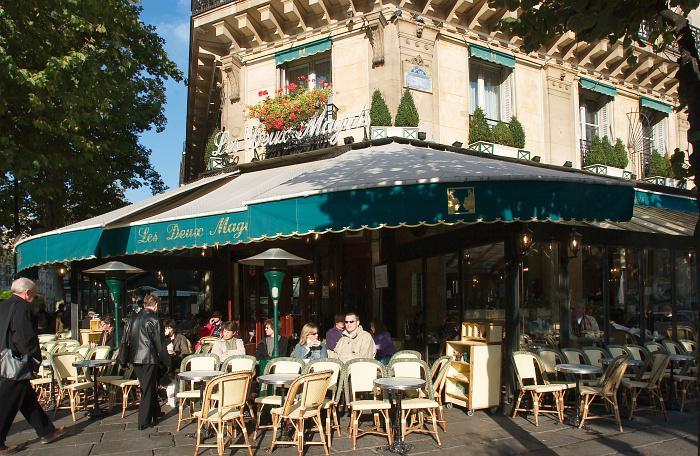 SEZZ'n Romance - Café Deux Magots at Saint-Germain - Tourist Office Paris - Photographer David Lefranc