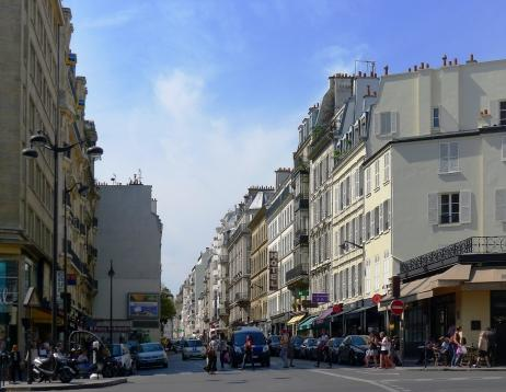 Paris Passy Shopping - Wikimedia - Mbzt