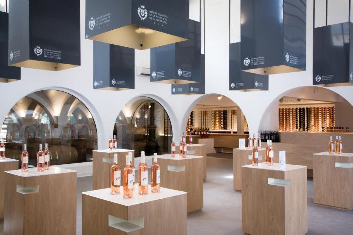 Vignobles de Saint-Tropez - Boutique de La Foux - Photographe Carine Battajon