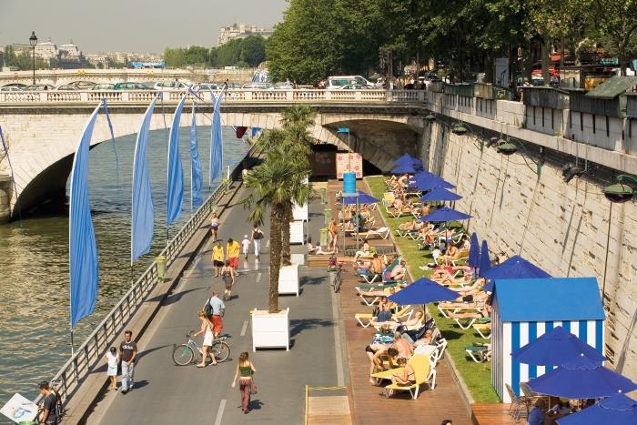 Paris summer - Paris Plage 2006 - Paris tourist office - Photographer Marc Bertrand
