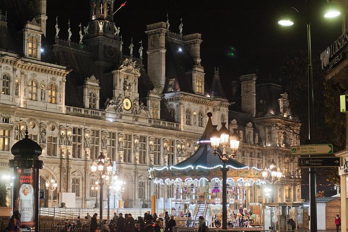 Christmas in Paris - City Hall (Hôtel de Ville) during Christmas 2013 - Paris Tourist Office - Photographer Daniel Thierry